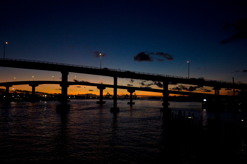 Bahamas - Sonnenuntergang Paradise Island Brücke